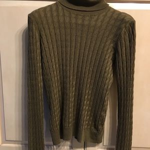 MANGO Basics knit turtleneck sweater/ hunter green